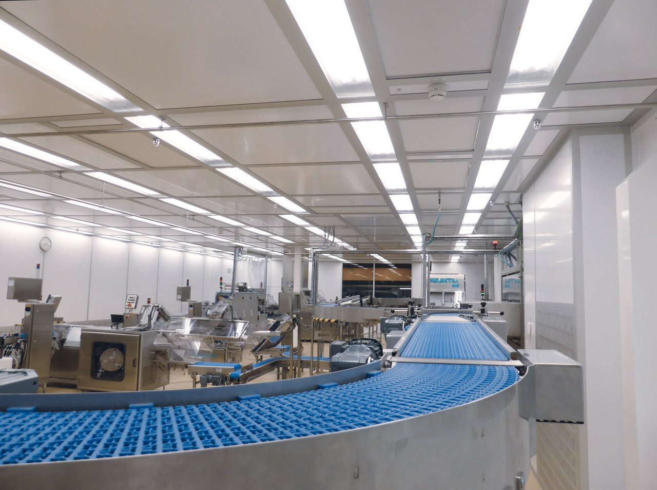 Cleanroom for food production toast bread, ISO 7