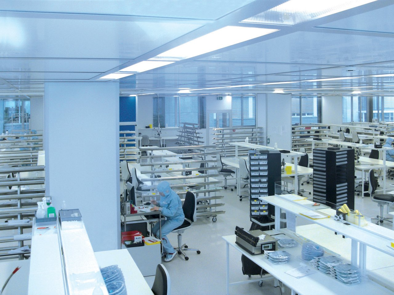 Cleanroom for stents and catheter production, ISO 8