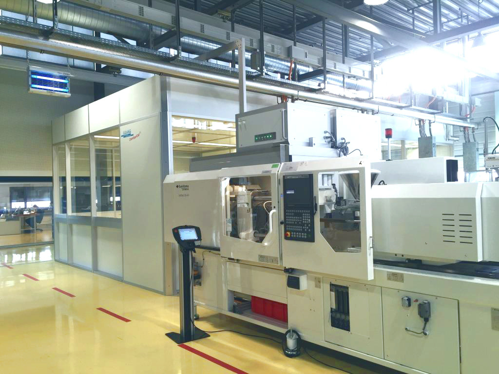 Cleanroom for injection moulding medical technology, GMP C