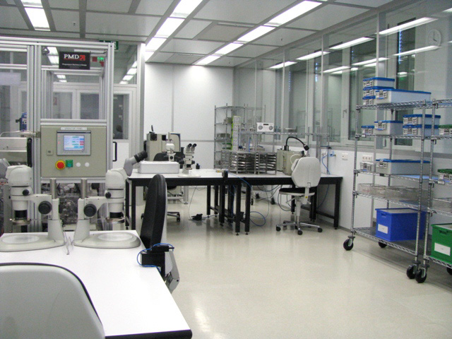 Cleanroom for assembly and testing of medical components, GMP C