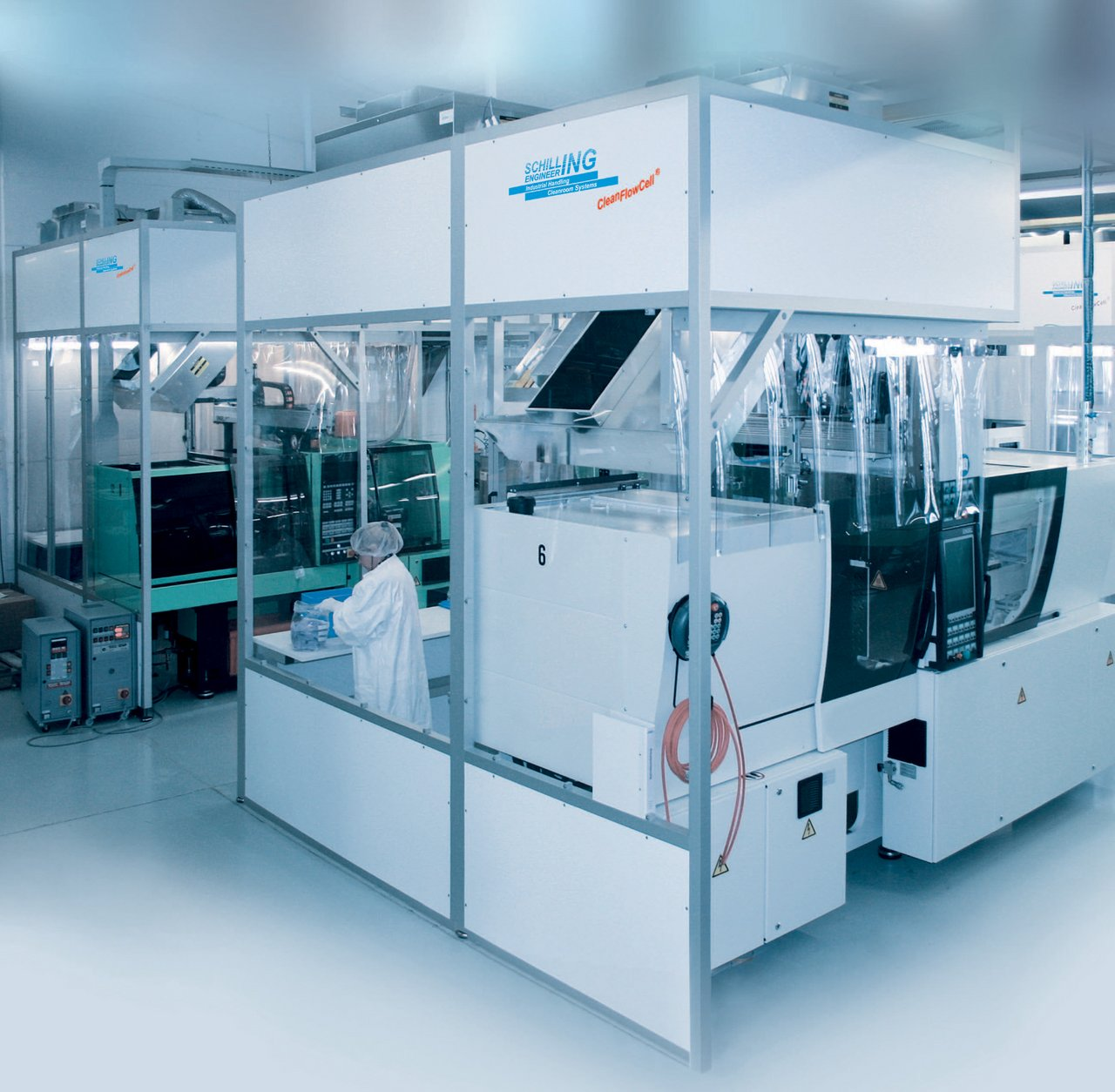 Cleanroom cabin for the production of medical plastic injection moulded parts, cleanroom class ISO 7